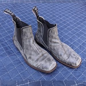John Fluevog Shoes - John Fluevog Distressed boot Size 7